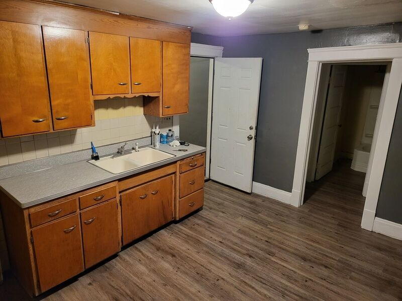 2-Bedroom House In North Collinwood