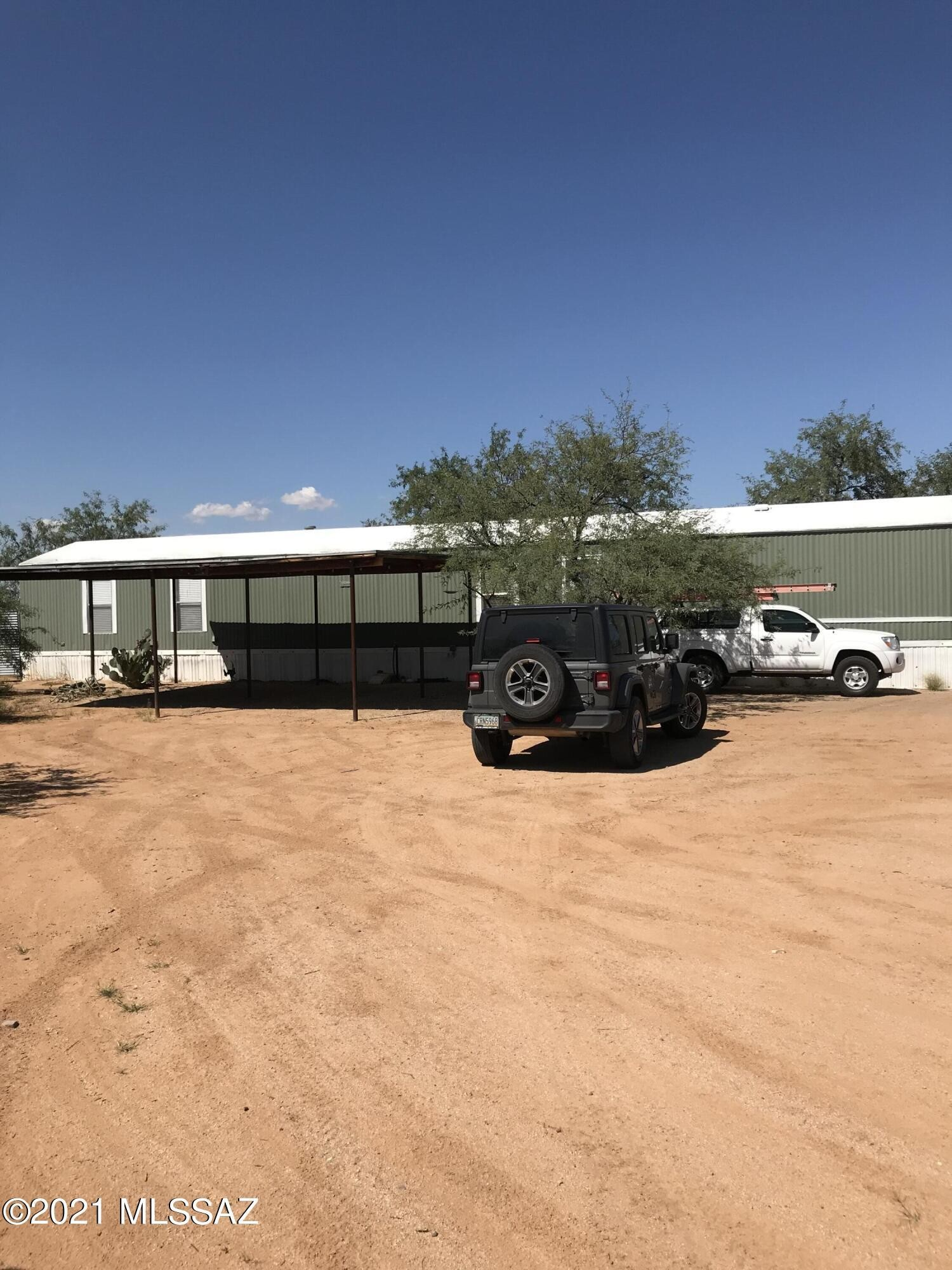 Updated 3-Bedroom Mobile Home In Tucson