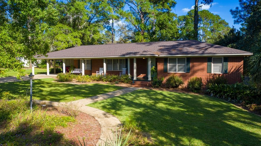 Updated 4-Bedroom House In Tifton