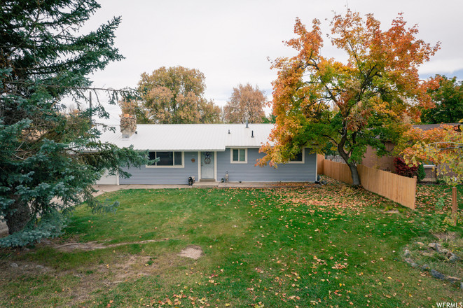2-Story House In Hyrum
