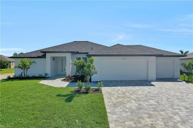 Upgraded 4-Bedroom House In Cape Coral