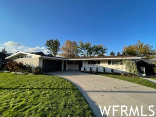 Upgraded 4-Bedroom House In North Holladay