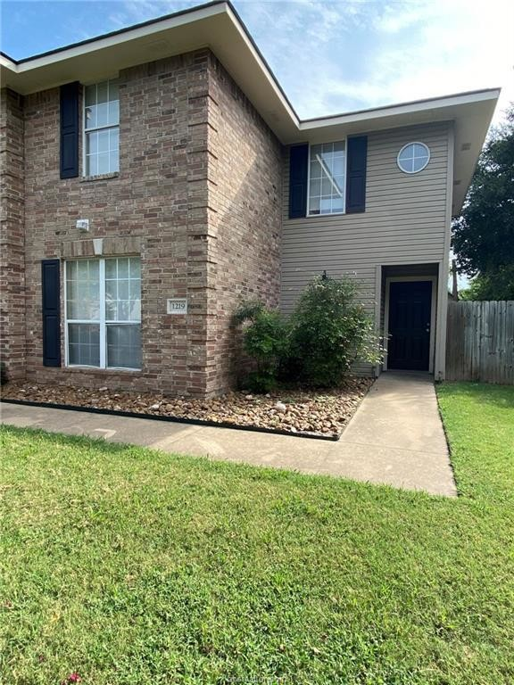 Updated 4-Bedroom House In Southside