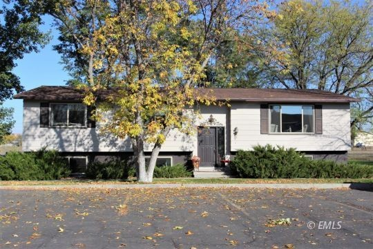 4-Bedroom House In Miles City