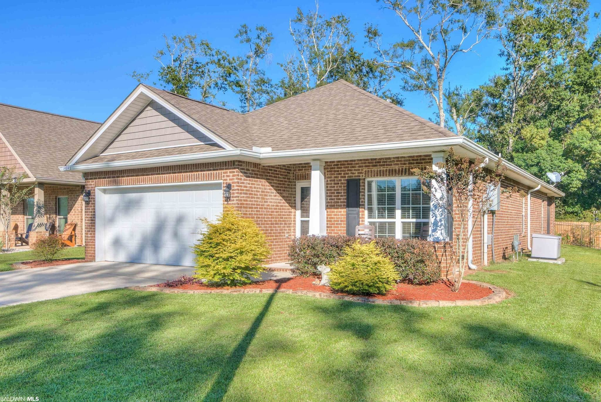 3-Bedroom House In Cypress Gates