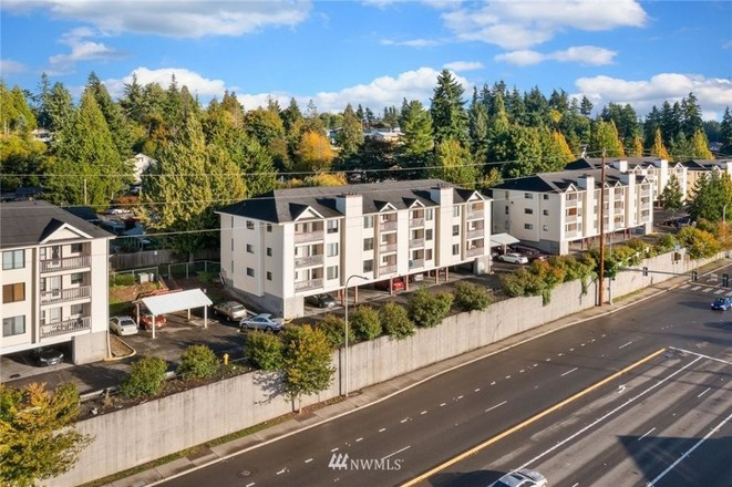 Chic 3-Bedroom Condo In Jeannette Soundview Trails