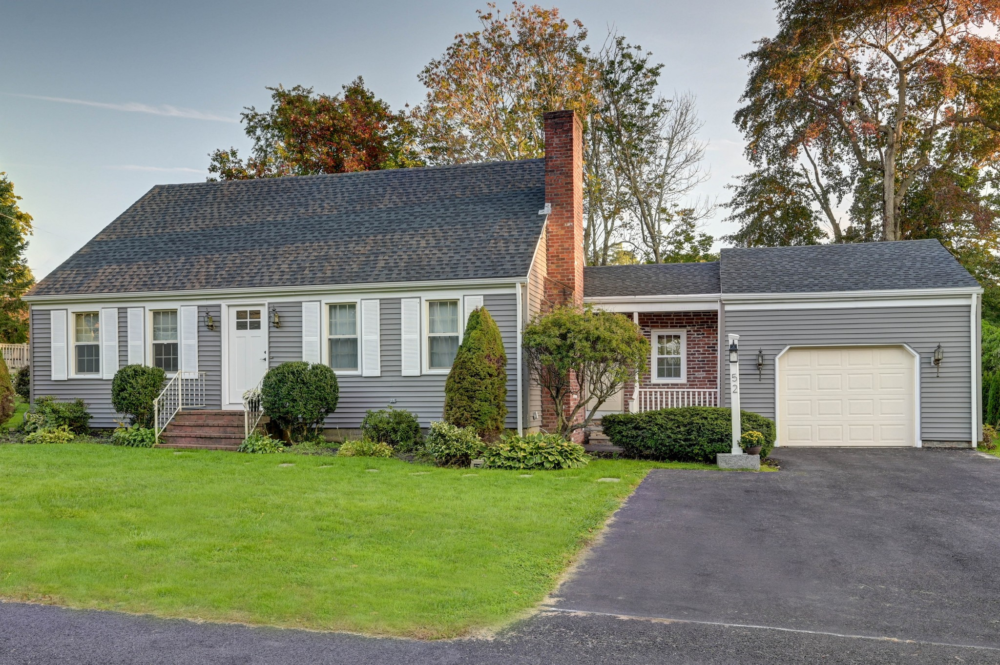 Renovated 4-Bedroom House In Highlands