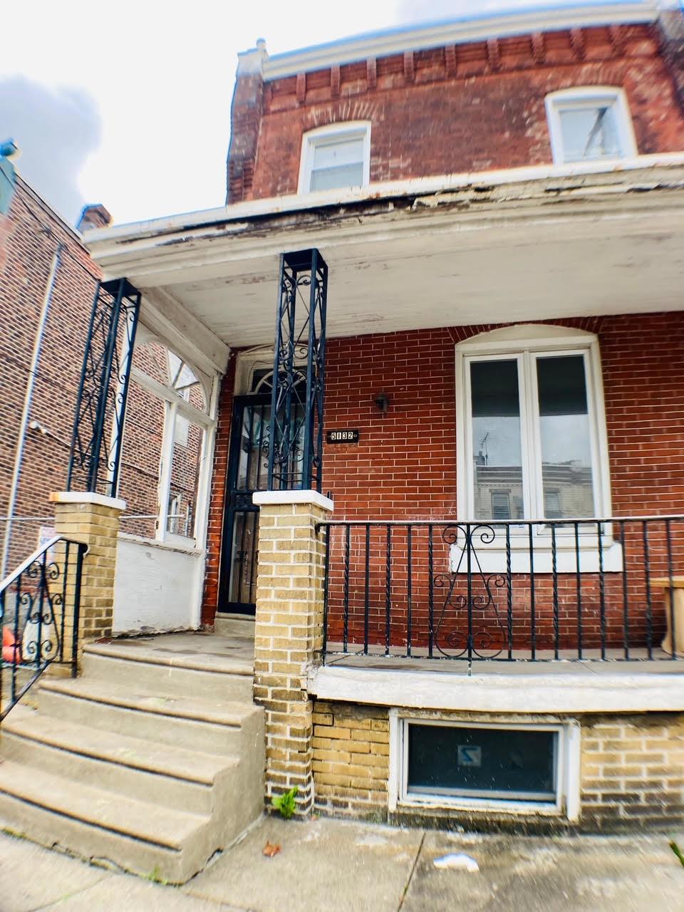 3-Bedroom House In Cathedral Park