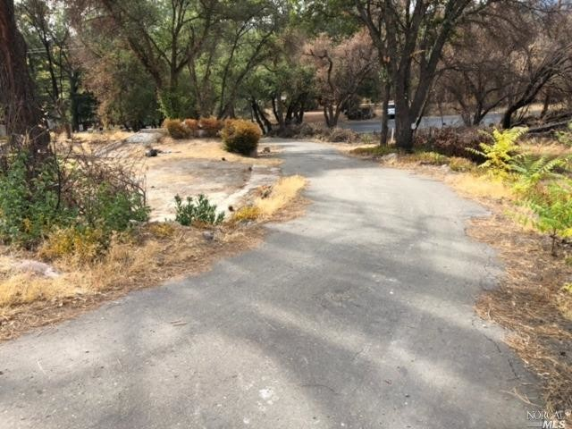 Lot In Clearlake
