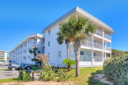 Updated 2-Bedroom House In Gulf Shores