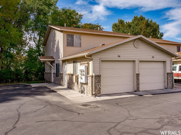 2-Bedroom Townhouse In Canyon Road