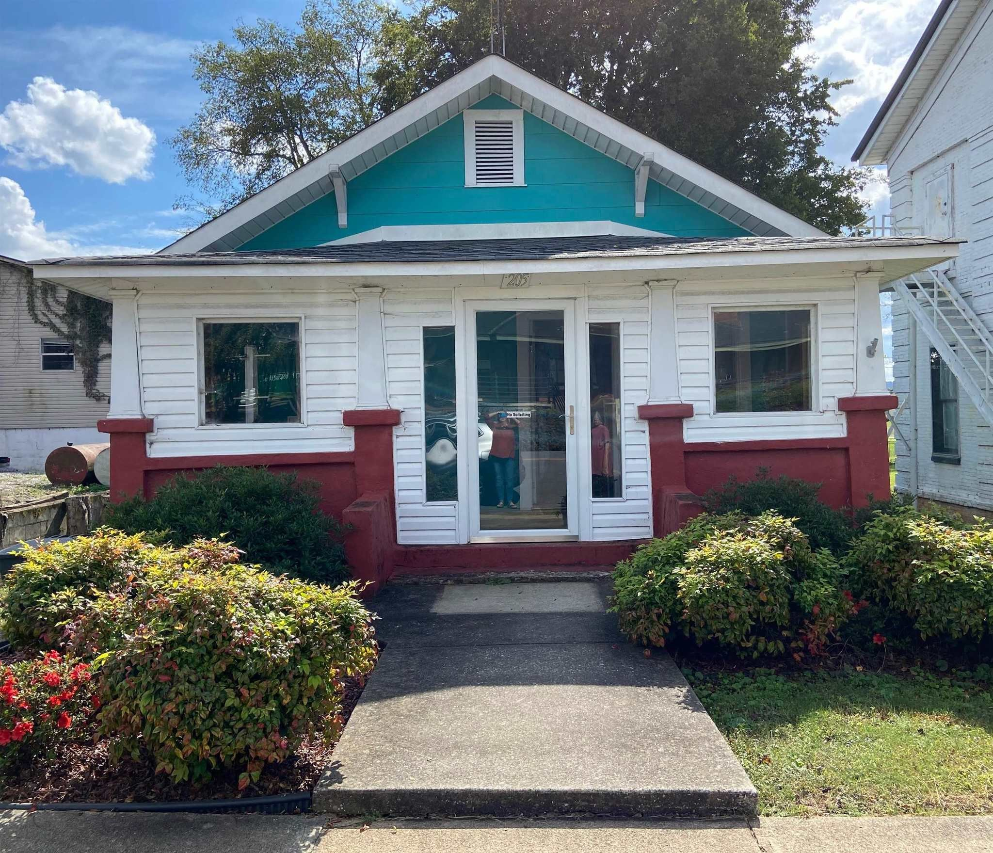 Updated 3-Bedroom House In Tuscumbia