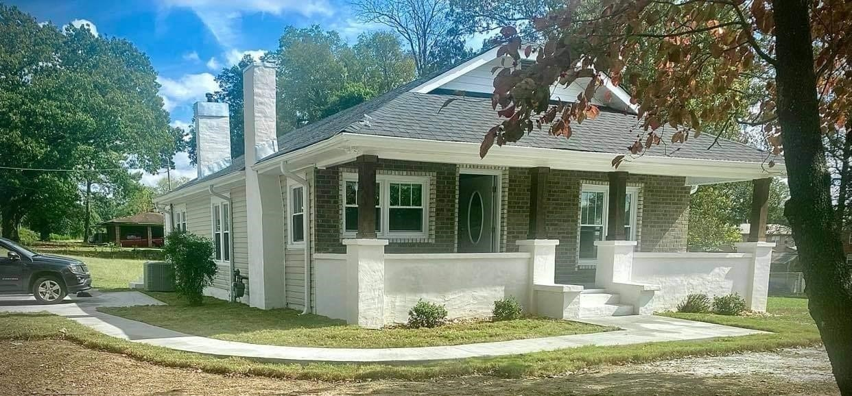 Remodeled 3-Bedroom House In Tuscumbia