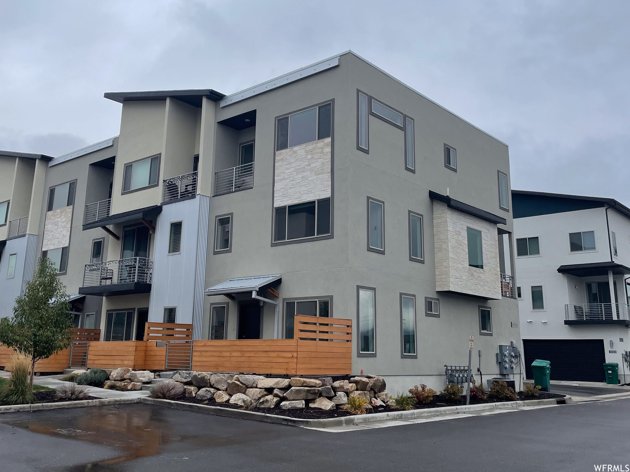 Townhouse In Layton