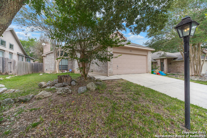 Updated 3-Bedroom House In Alamo Farmsteads