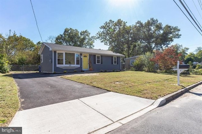 Renovated 3-Bedroom House In Millville