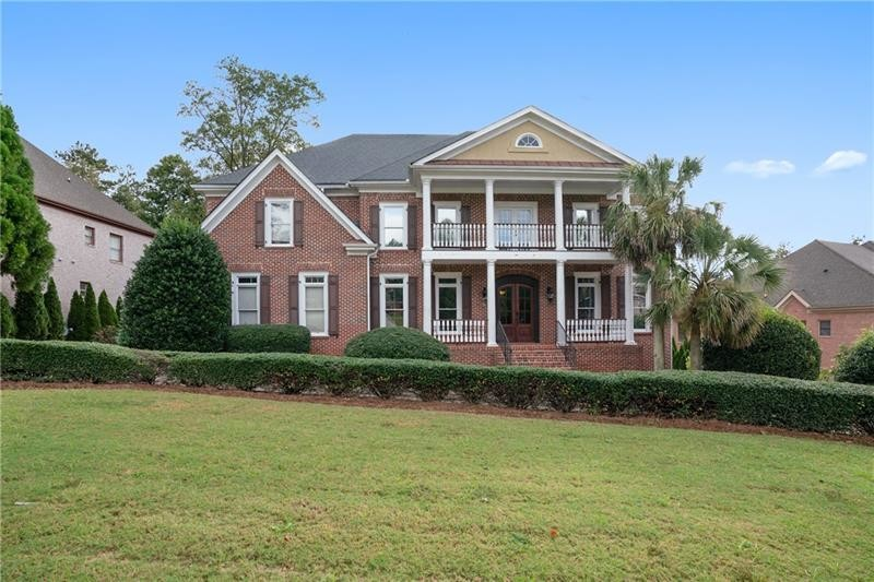 Upscale 6-Bedroom House In St Marlo Country Club