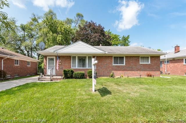 House In Dearborn Heights