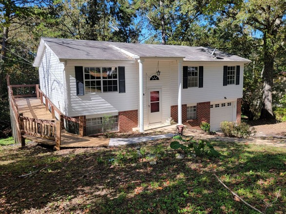 Updated 3-Bedroom House In Collegedale