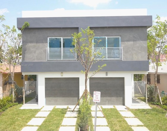 Townhouse In Golden Pines