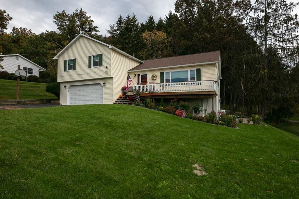Updated 4-Bedroom House In Southport