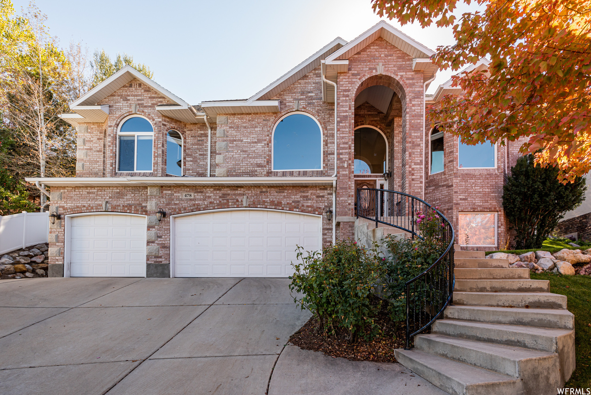 4-Bedroom House In Mountain Point