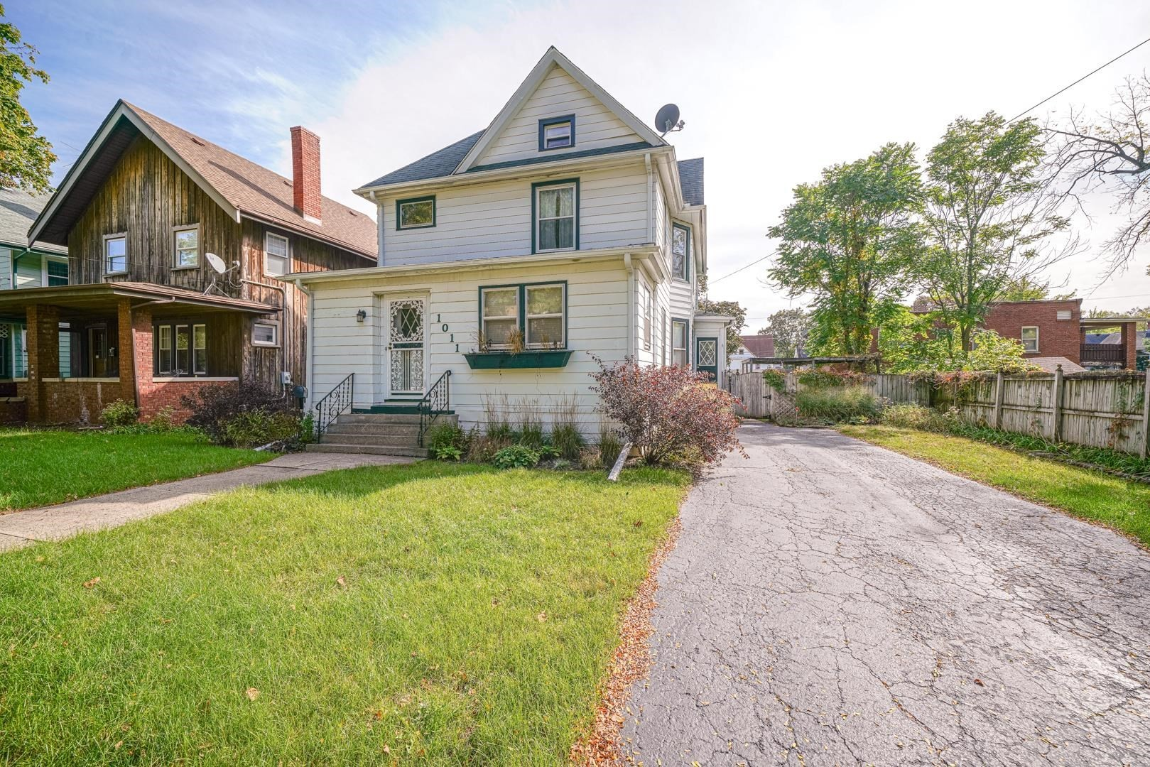 Updated 4-Bedroom House In Signal Hill