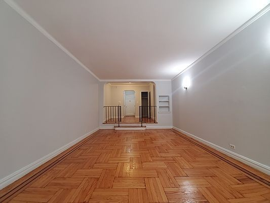 Renovated 1-Bedroom House In Washington Heights