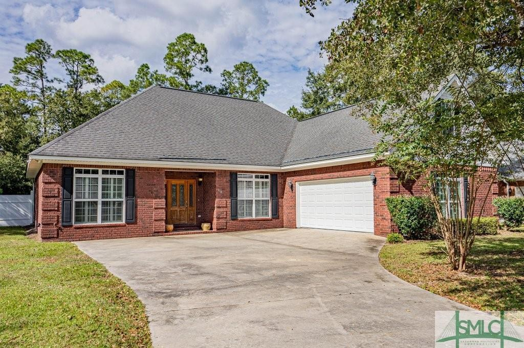 House In Myrtlewood