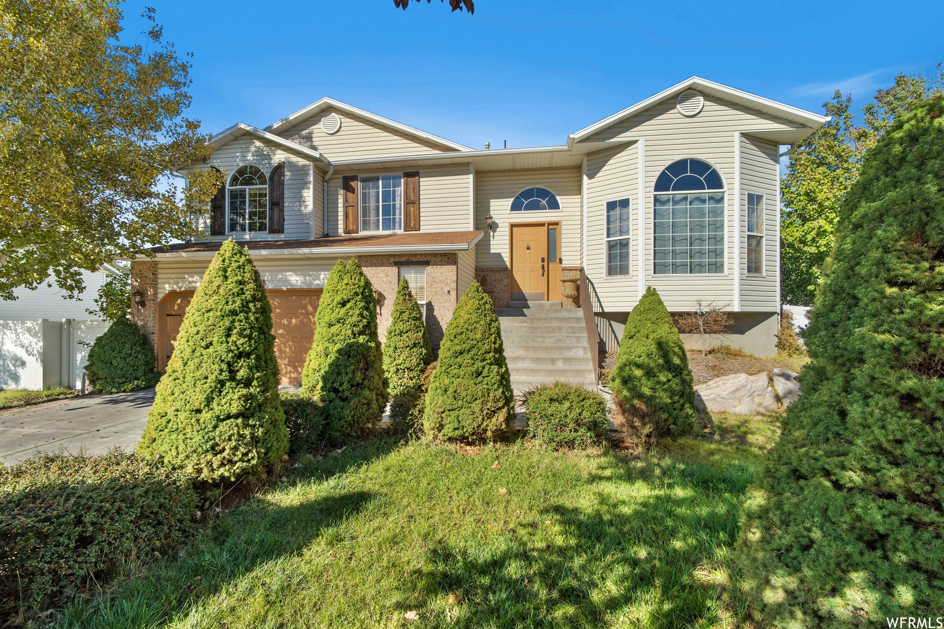Upgraded 4-Bedroom House In Layton