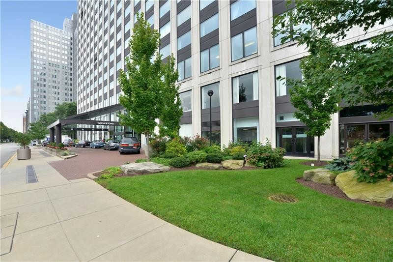 Updated 1-Bedroom Condo In Downtown Pittsburgh