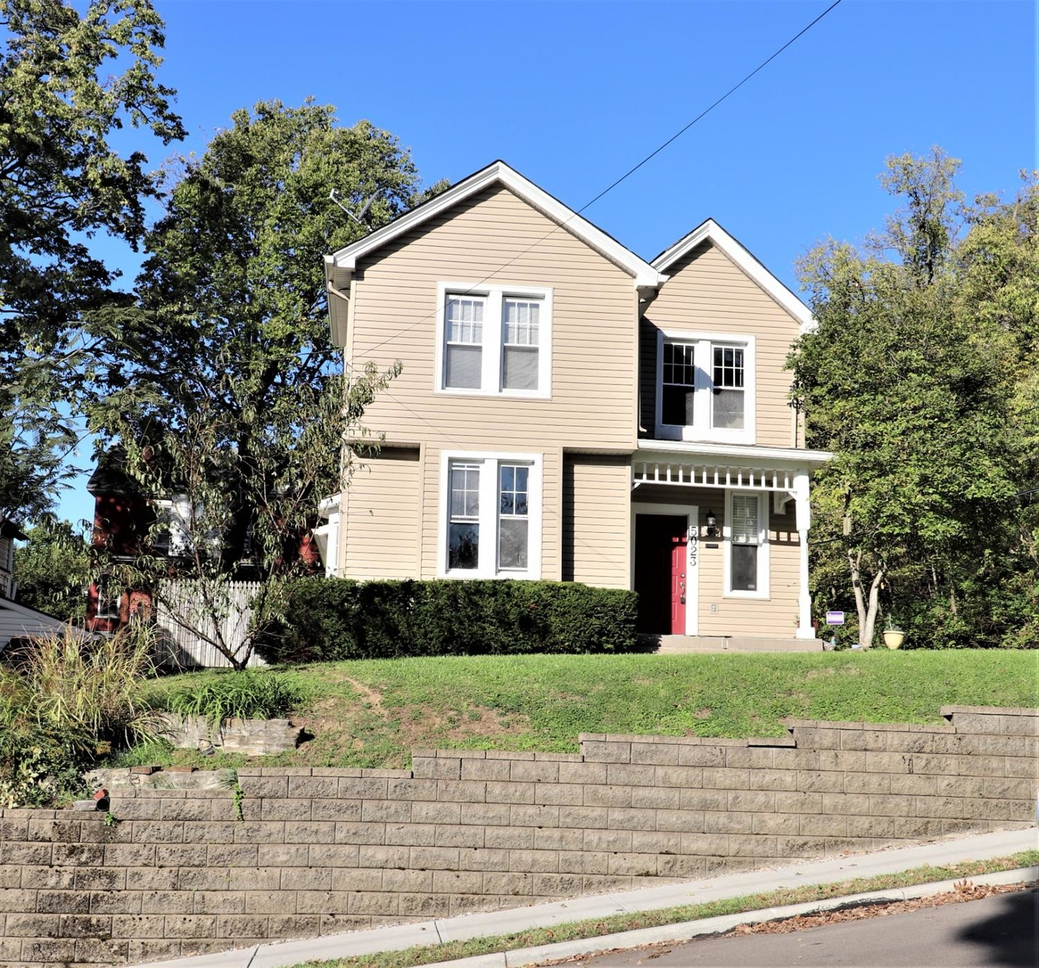 4-Bedroom House In Norwood
