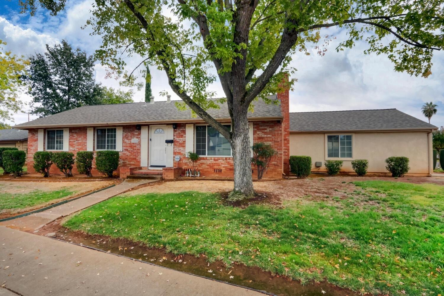 4-Bedroom House In Lincoln Village