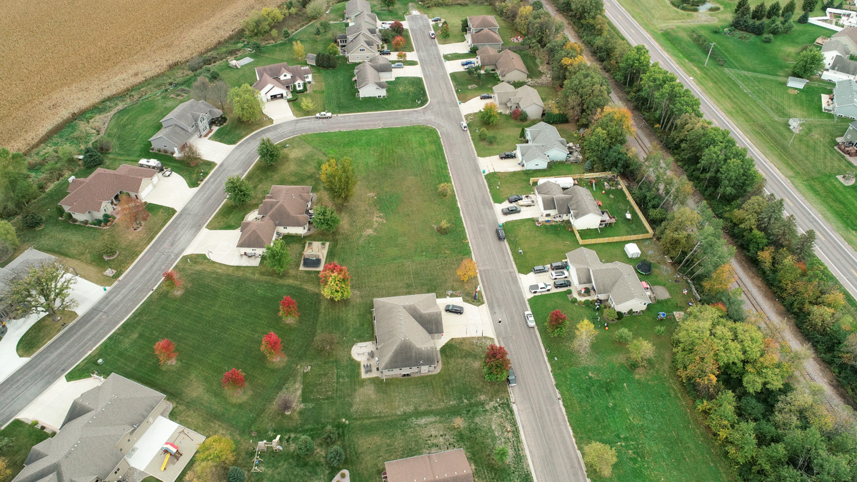 Lot In Sherwood Heights