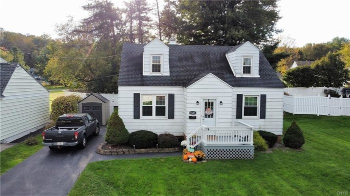 Updated 4-Bedroom House In South Utica