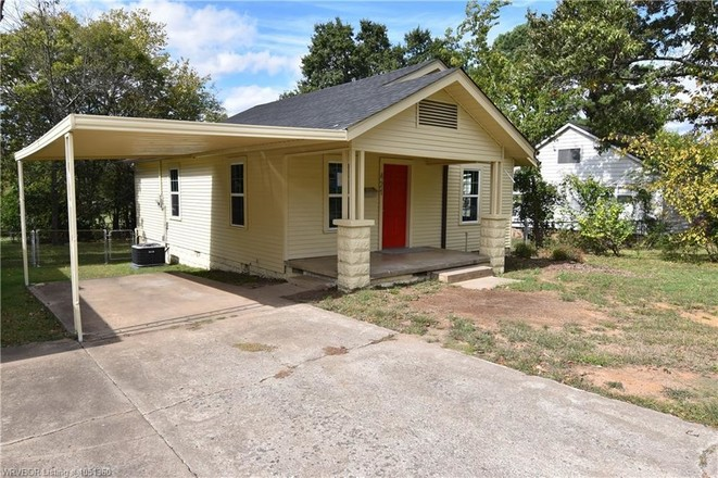 Updated 2-Bedroom House In Fort Smith Northside