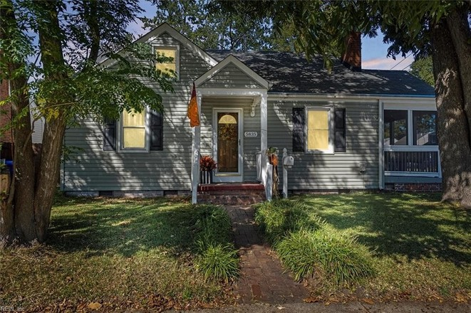 Upgraded 2-Bedroom House In Norview
