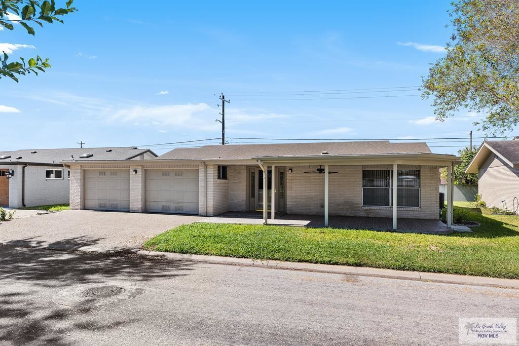2-Bedroom House In Palm Valley