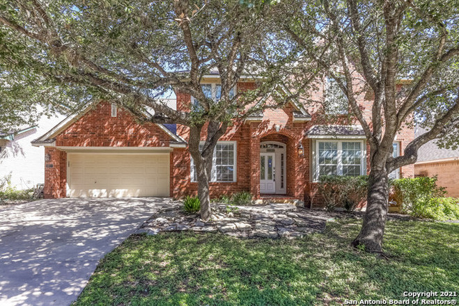 4-Bedroom House In Rogers Ranch