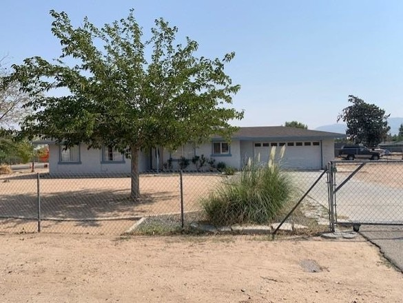 3-Bedroom House In The Mesa