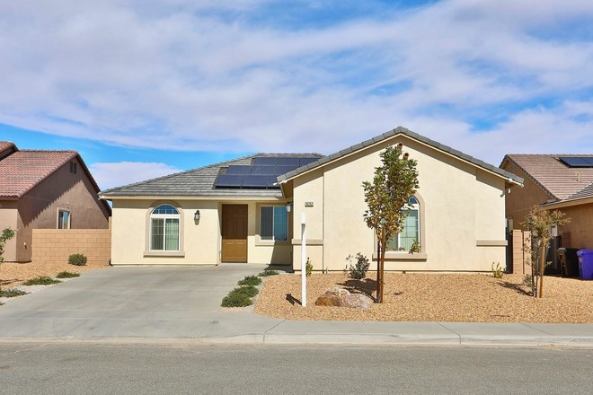 House In Victorville