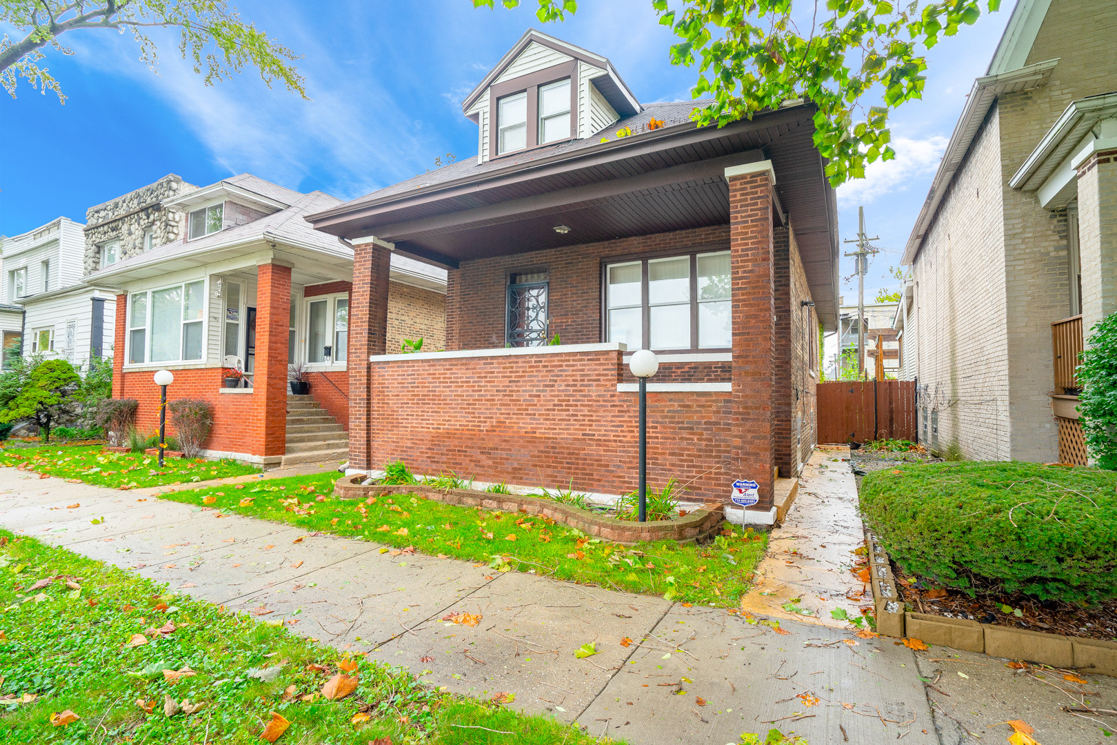 Remodeled 5-Bedroom House In South Shore