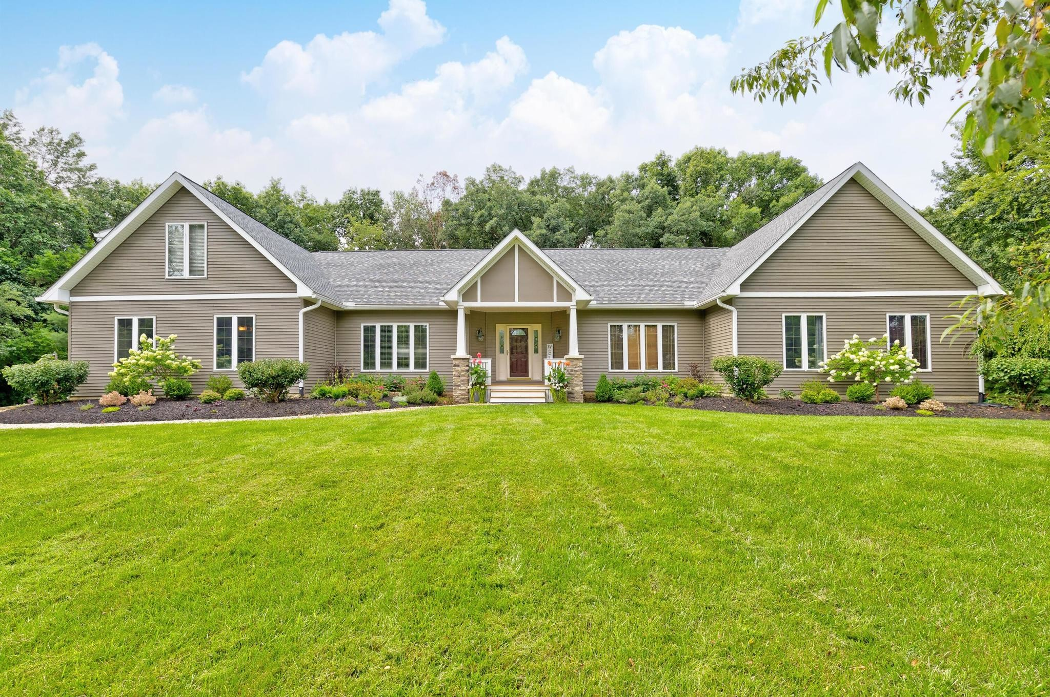 Renovated 6-Bedroom House In Galena