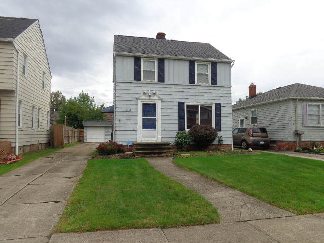 Updated 2-Bedroom House In Parma