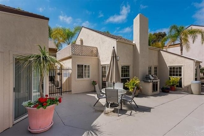 Penthouse In Clairemont Mesa East