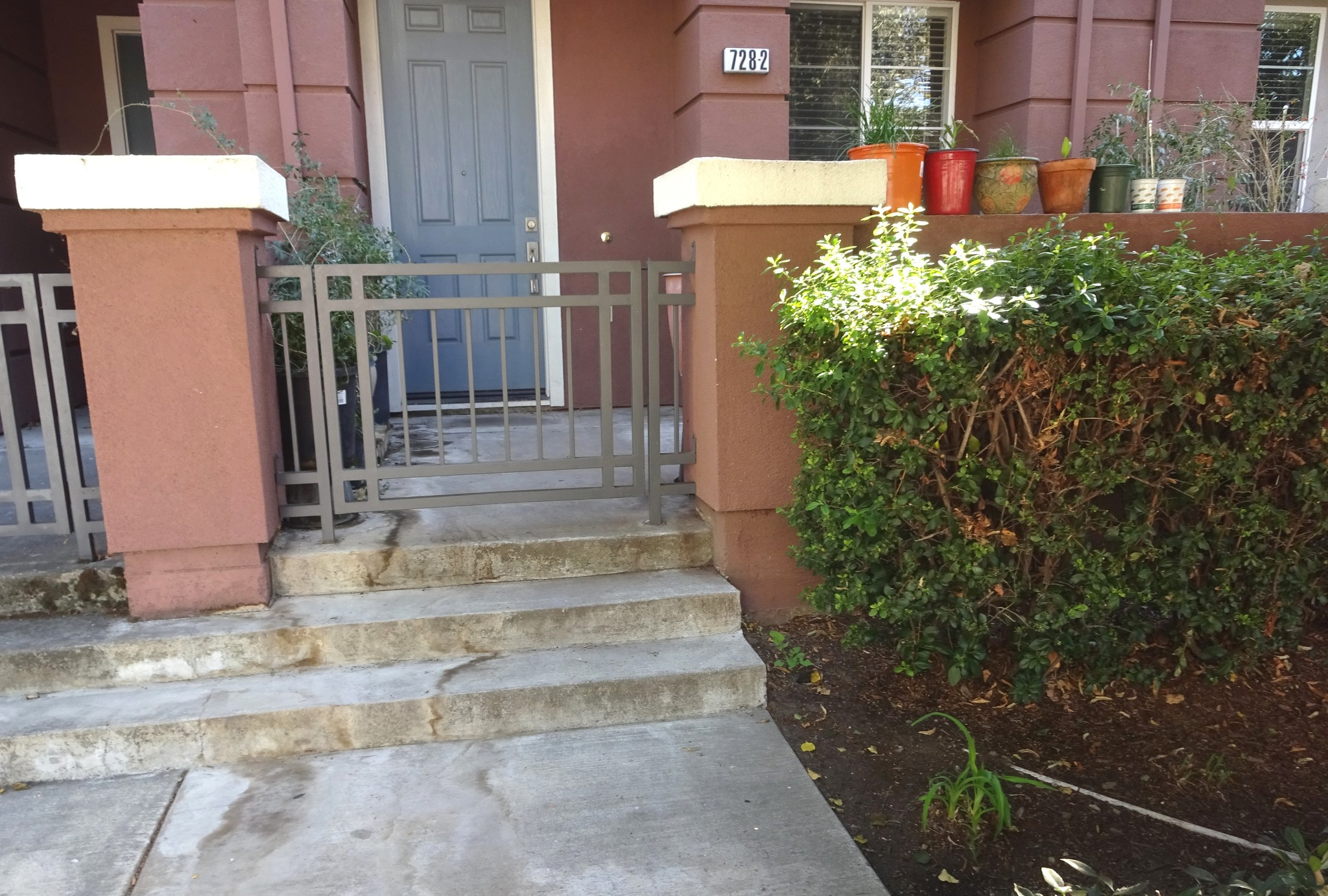 Renovated 3-Bedroom Townhouse In Downtown Hayward