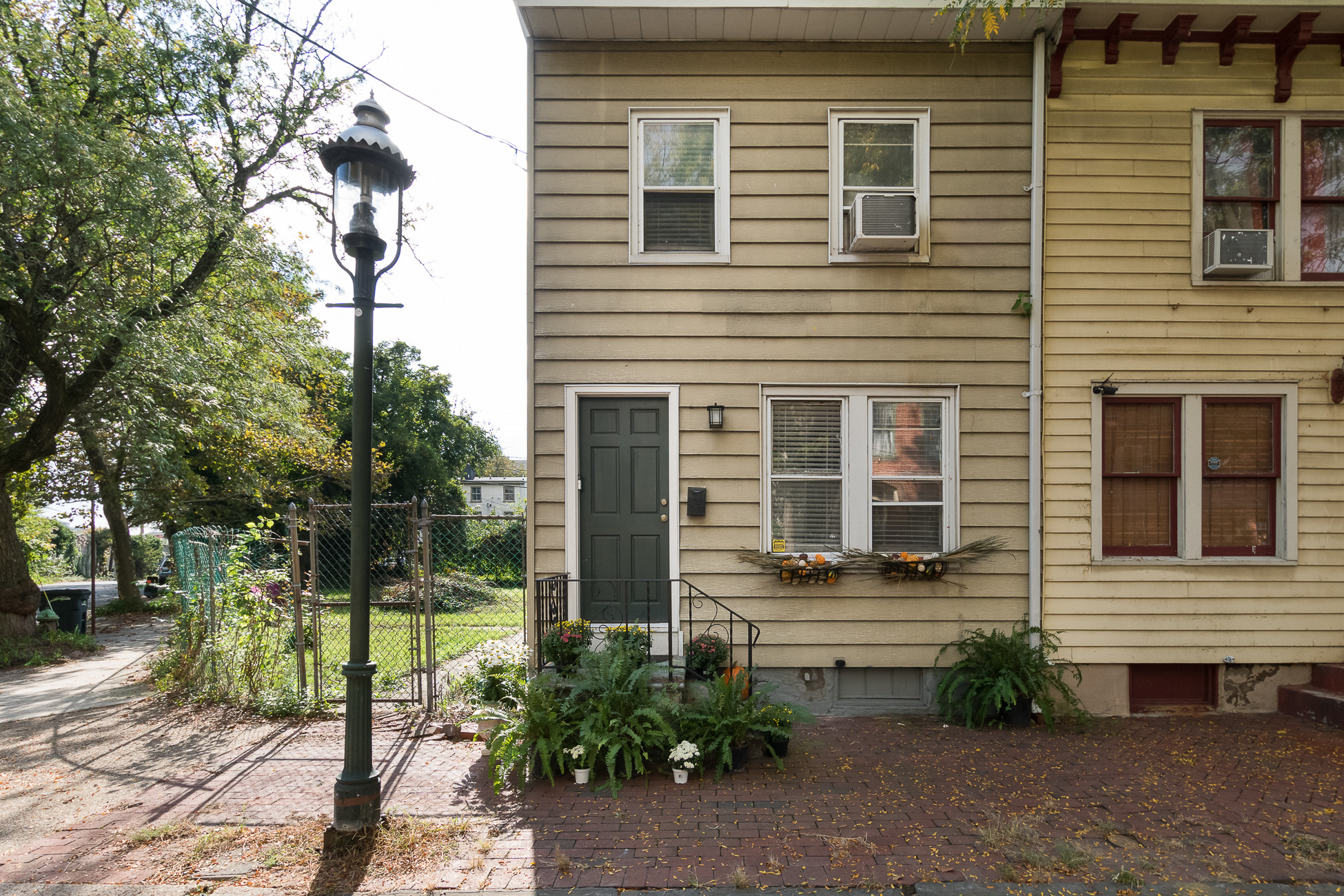 Renovated 2-Bedroom House In Mill Hill