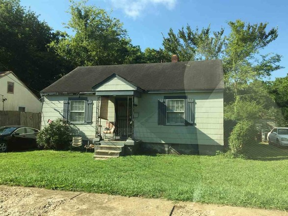 3-Bedroom House In Highland Heights
