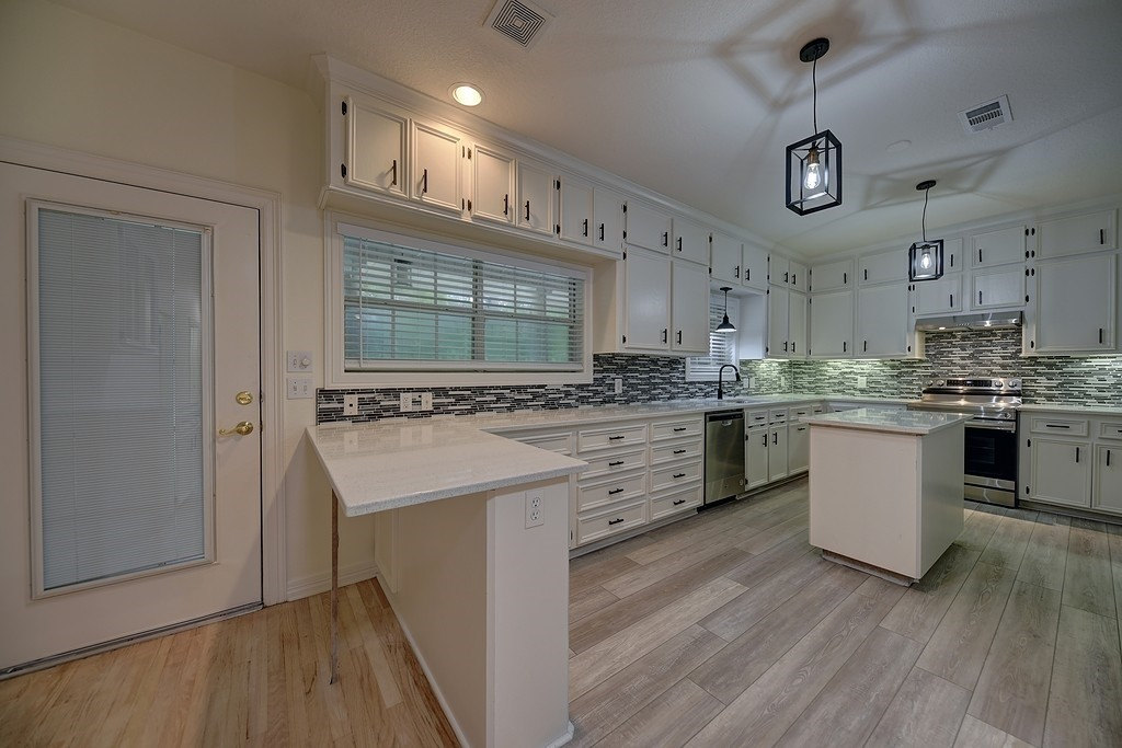 Refinished 3-Bedroom House In Briarwood