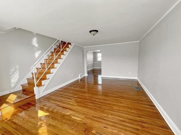 Renovated 4-Bedroom House In Overbrook